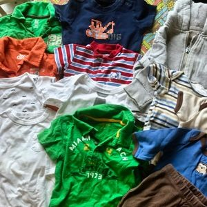 Bargain Lot of Boys play clothes!
